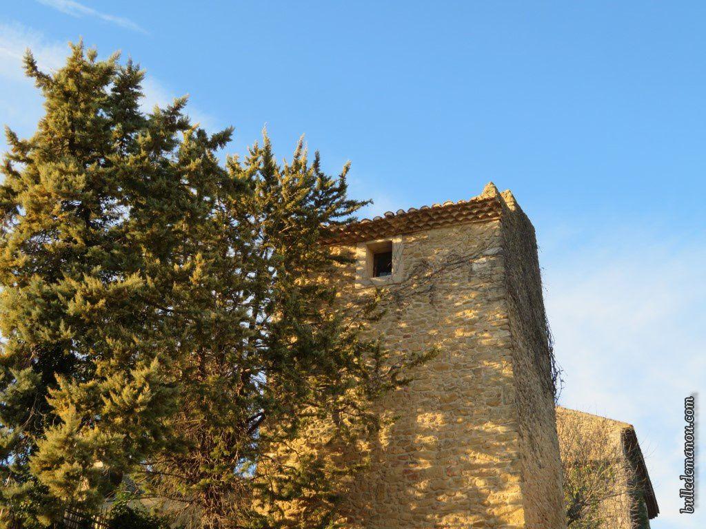 Le château vu du hameau