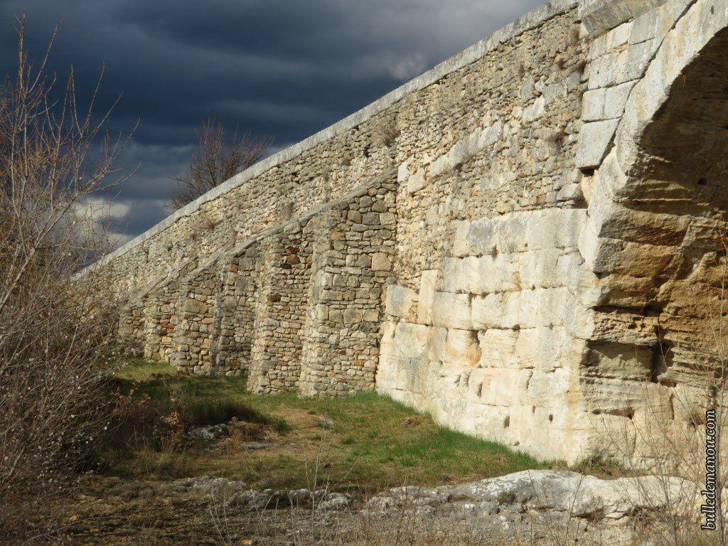 Les accès (côté aval)