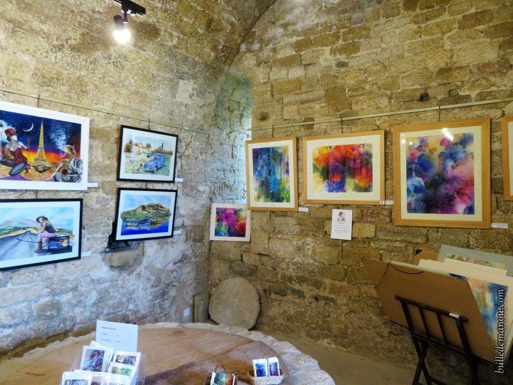 Sur le mur gauche, aquarelles d'André Rouvier