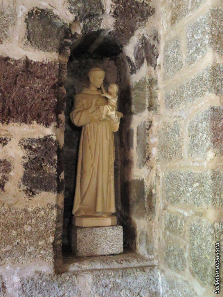 Autres statues se trouvant à l'intérieur de la chapelle