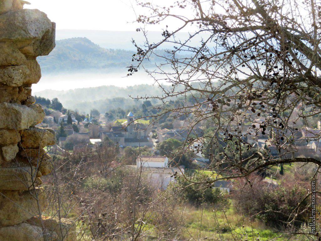Le village de Vernègues vu du Vieux village