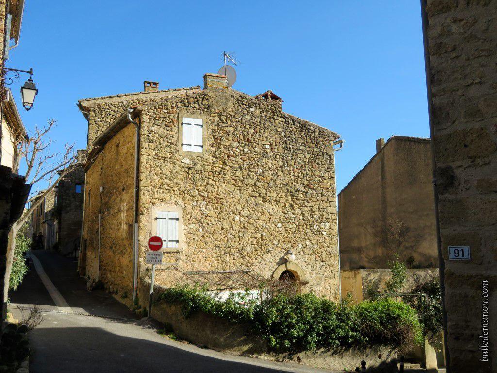 De jolies maisons en pierre de pays
