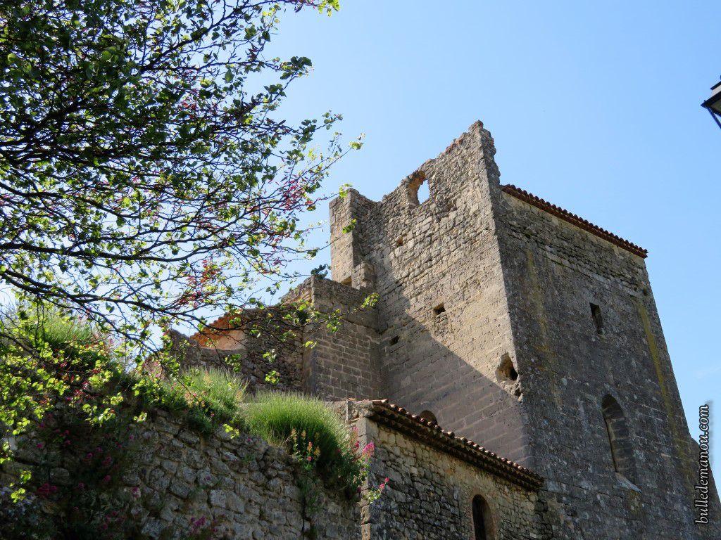 Vues latérales et postérieure de l'église