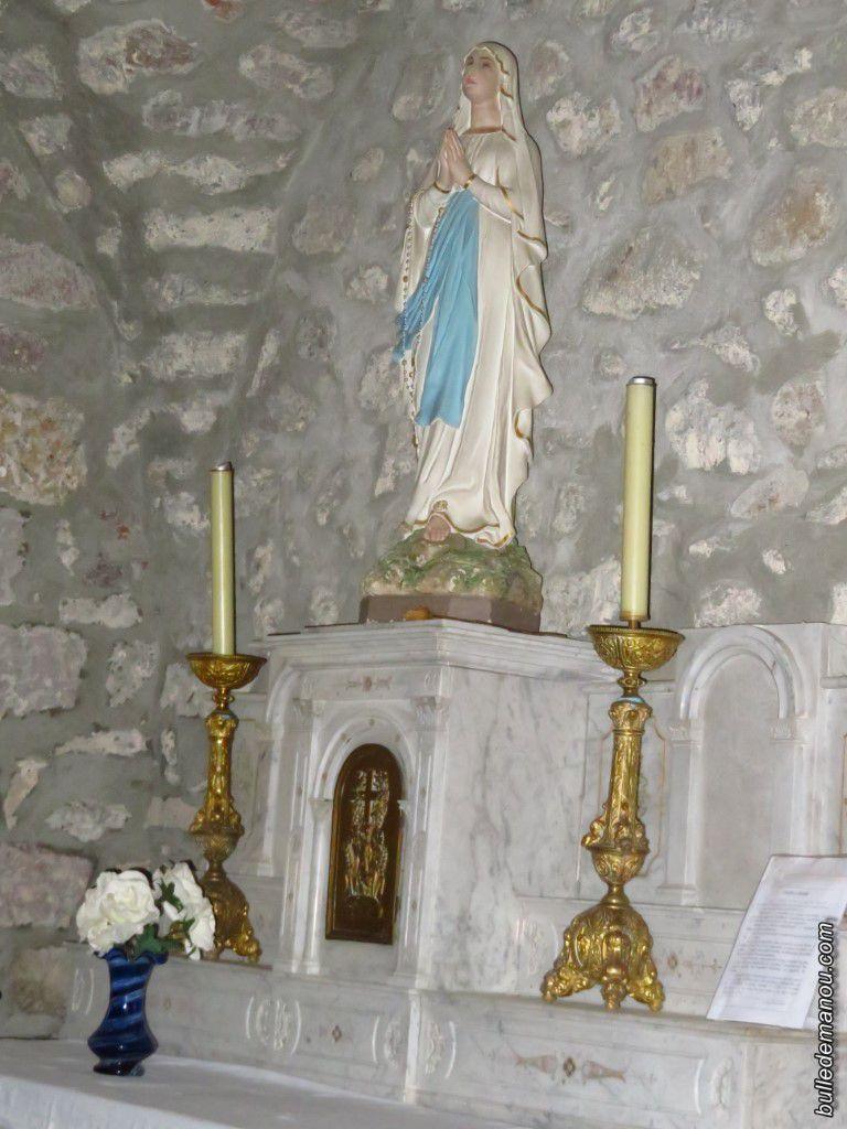 Saint Joseph et la Vierge dans leur chapelle...