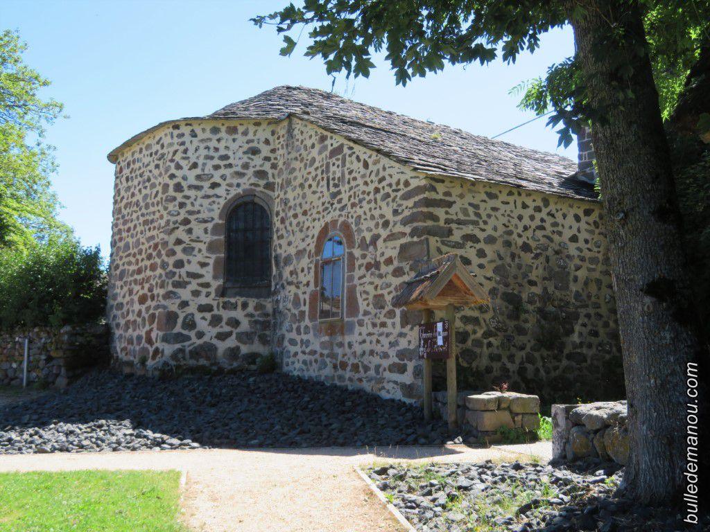 L'église vue de différents côtés