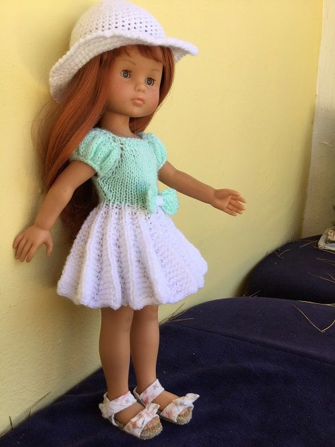 Robe accordéon pour poupée chéries de corolle.