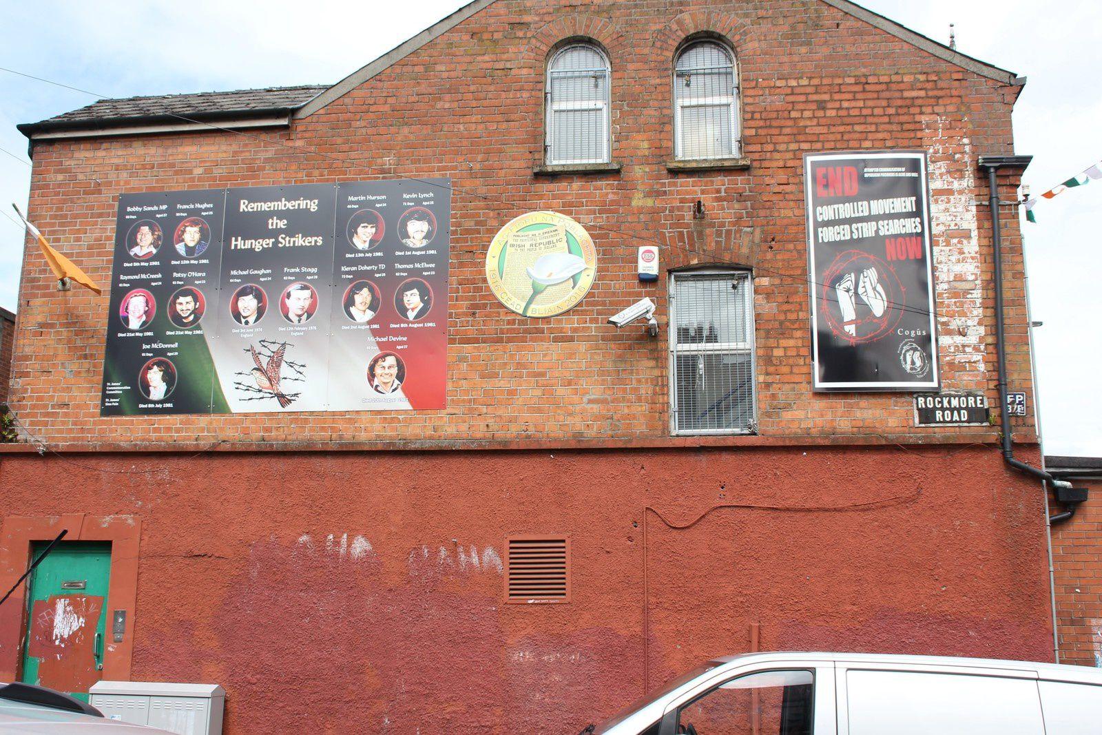 691) Quartier au carrefour de Falls Road, Donegall Road et Whiterock Road, West Belfast.