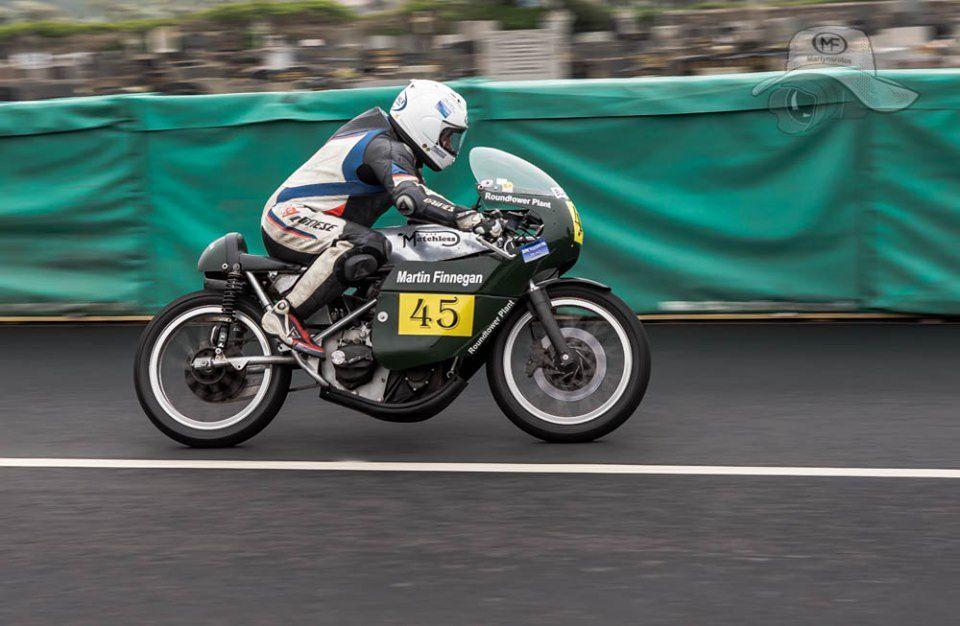 Photos essais Pre TT Classic solo.