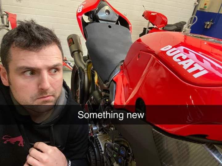 Michael Dunlop en Ducati.