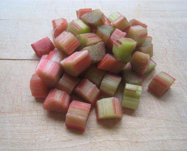 Min summer rabarbrasaft , jus de rhubarbe d'été
