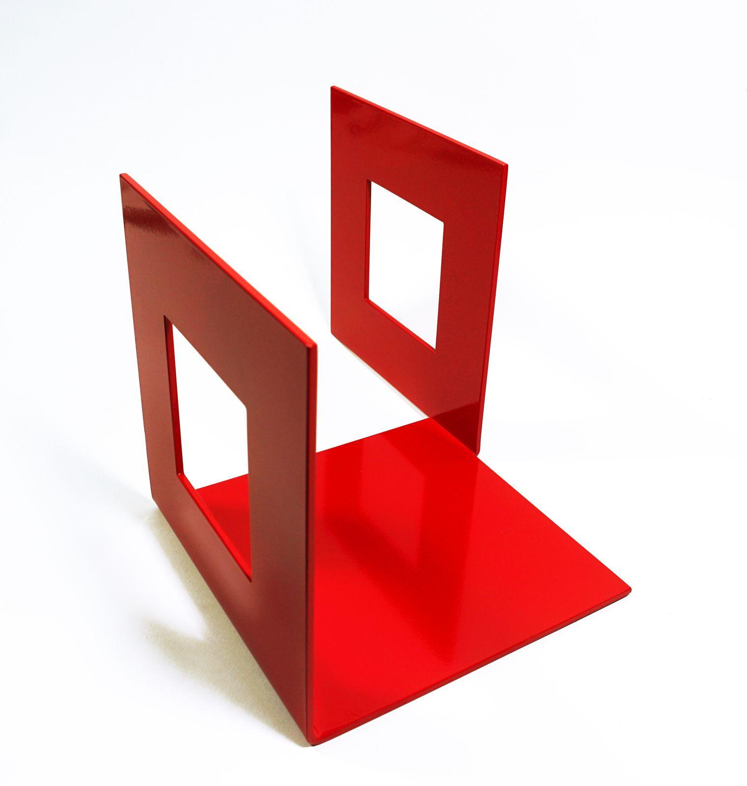 Exposition de Bogumila Strojna : de la géométrie vers le mouvement