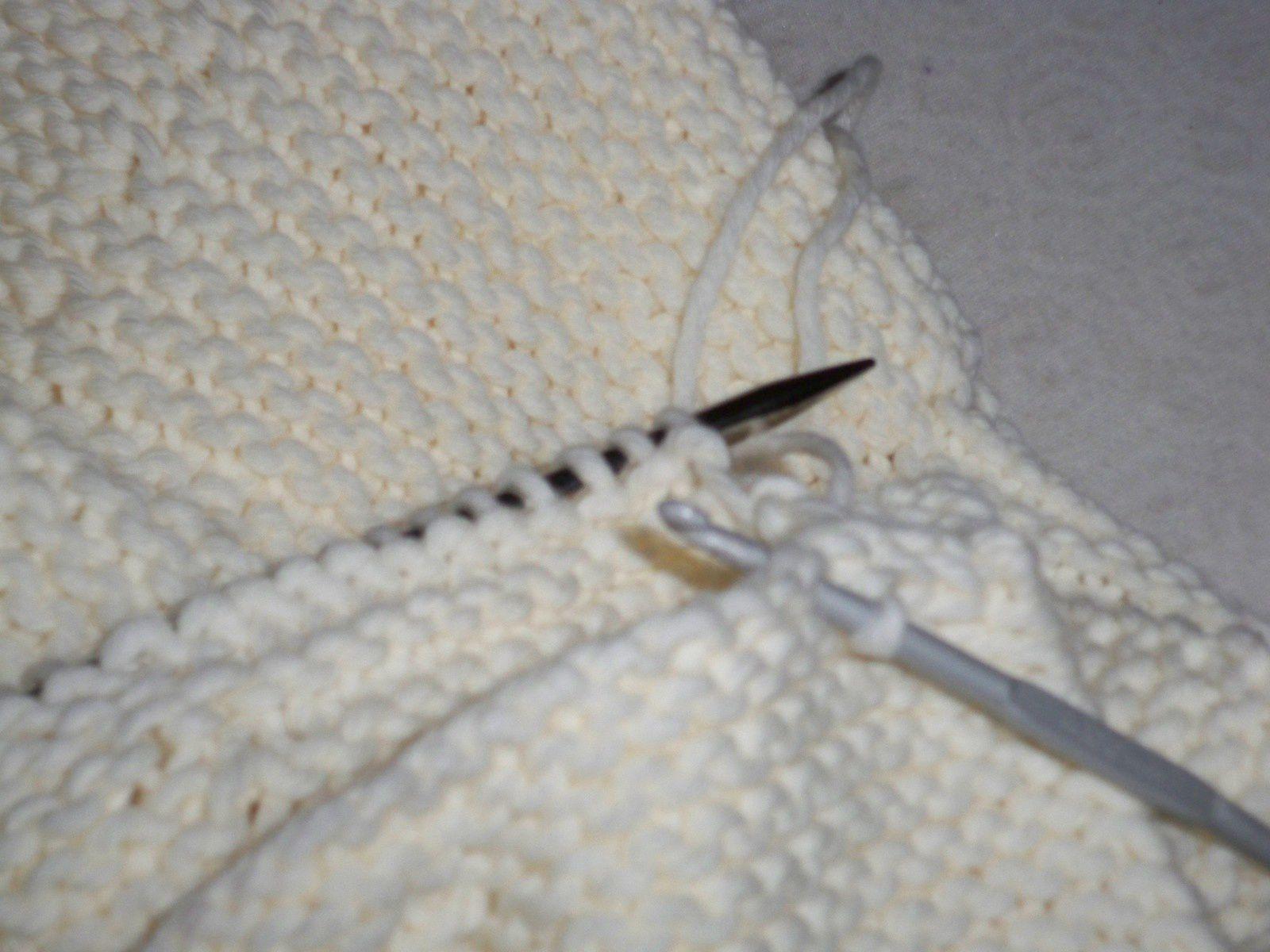 Tricoter un cache-épaules, knitting cape/shawl