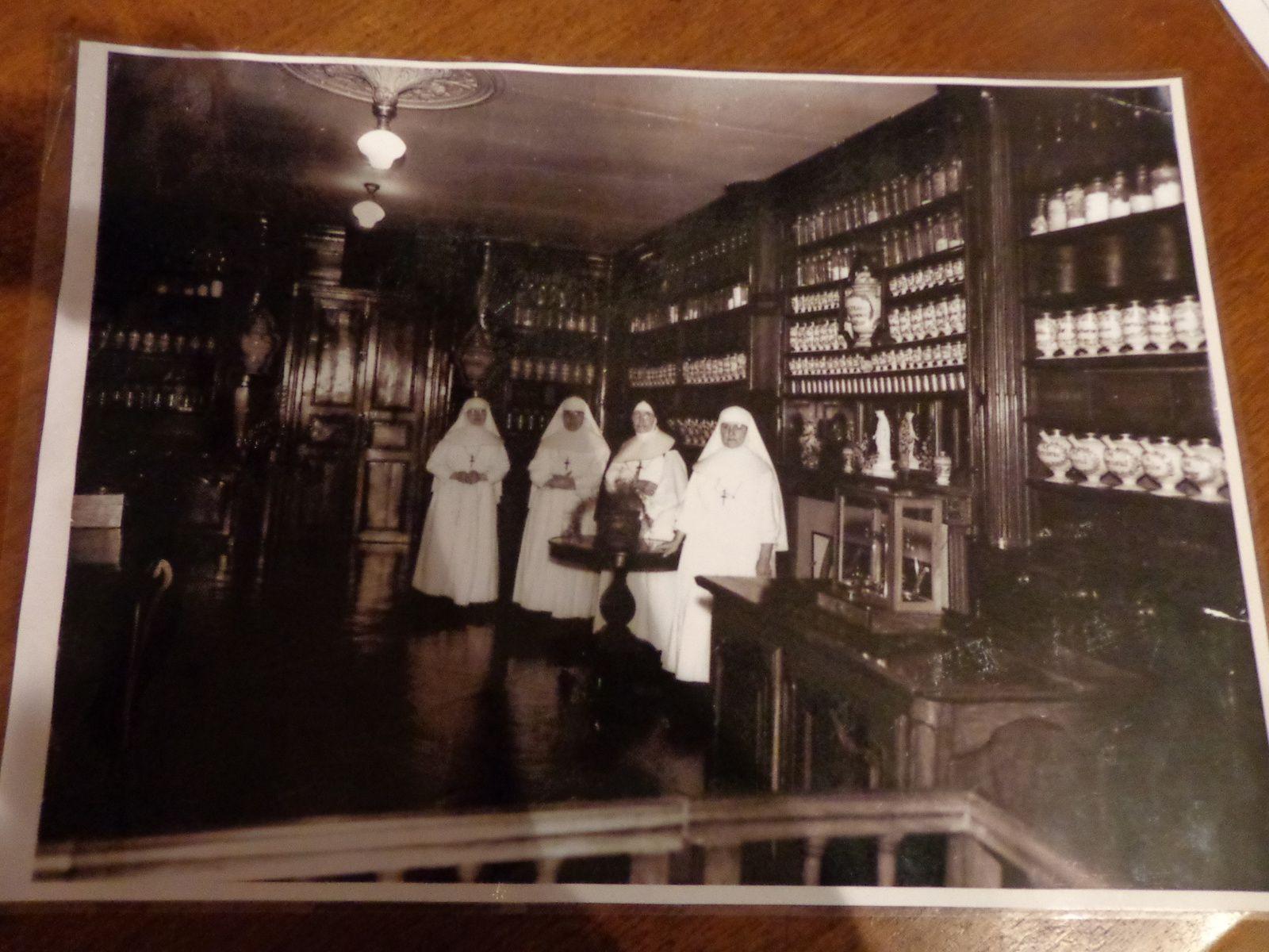 Apothicairerie de l'Hôtel-Dieu de Bourg-en-Bresse