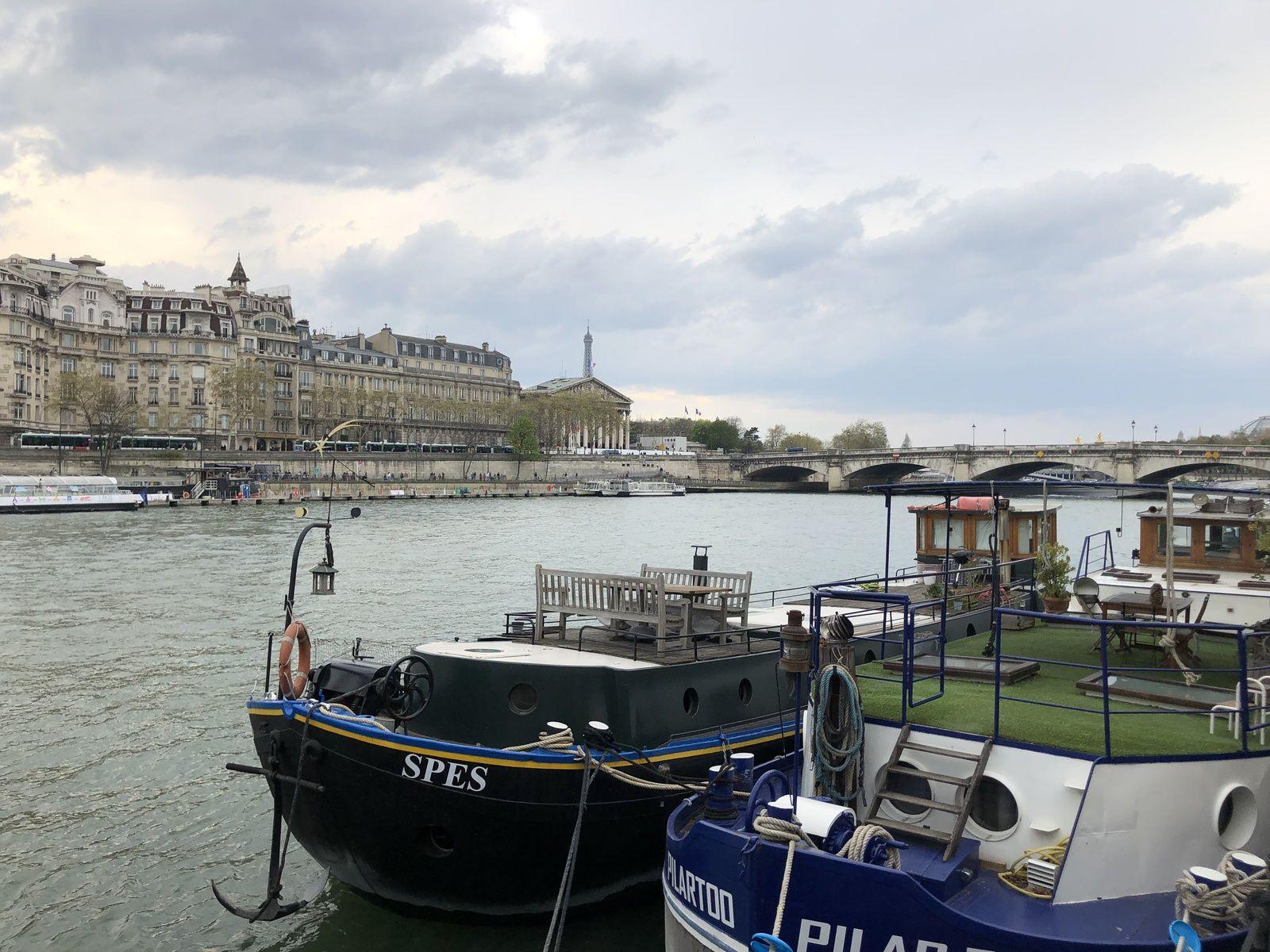 Paris , avril 2019