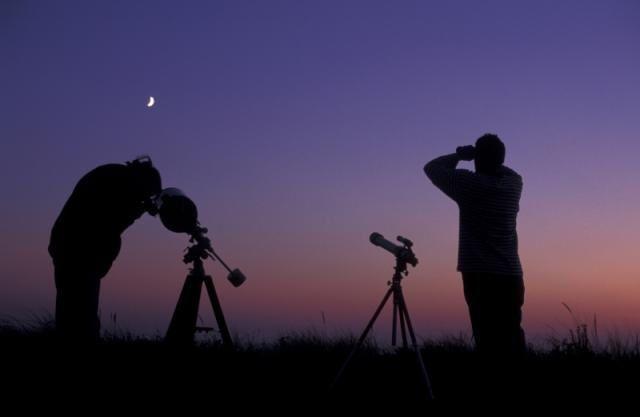 Ovni et astronomie, les astronomes et les ovnis