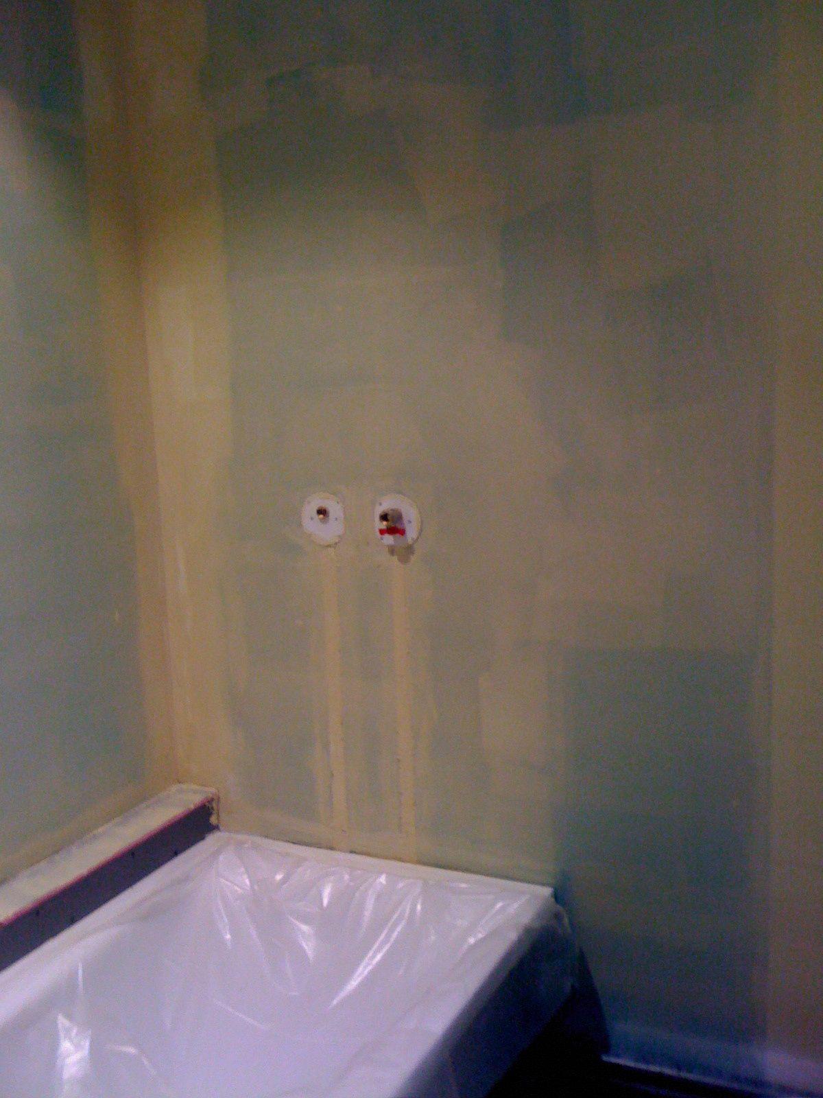 Enlever Carrelage Sur Placo poser la faïence de la salle de bain !! - autoconstruction