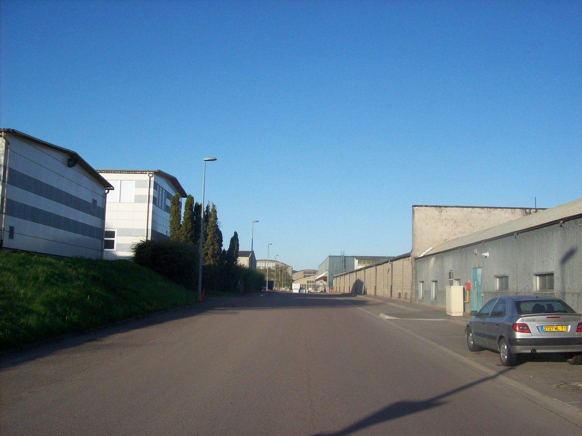 Quartier Saint-Andoche : Boulevard Bernard Giberstein  71400 Autun ¤¤¤ Quartier Saint-Andoche ¤¤¤