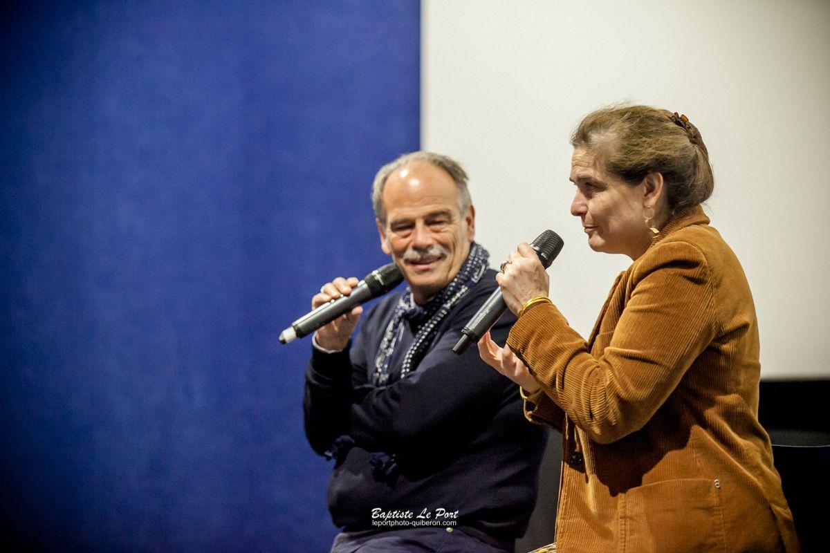 27 avril - Eloïse D'Ormesson et Jean Jacques Annaud au Paradis lors du salon du livre de Quiberon