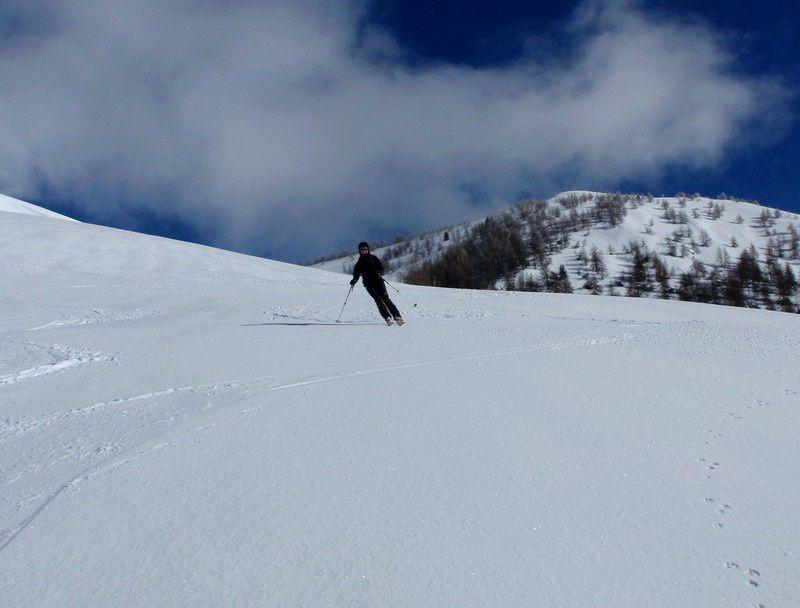 La neige décaile juste à notre arrivée en versant sud de l'Authion.