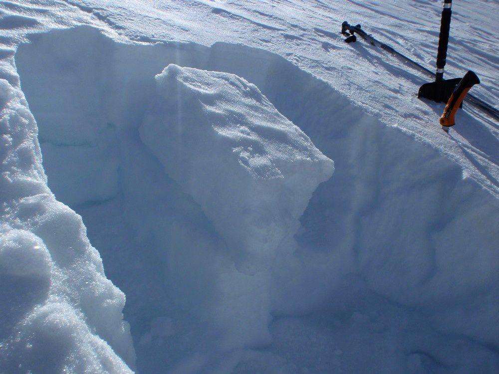 Comment mettre en oeuvre un test de stabilité du manteau neigeux.