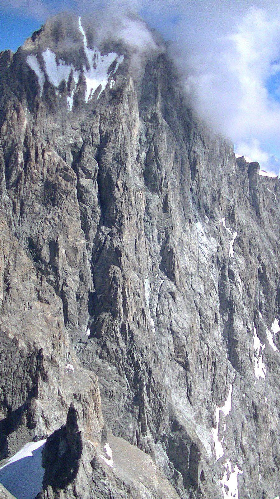 Pilier sud des Ecrins vue du sommet du Collidge