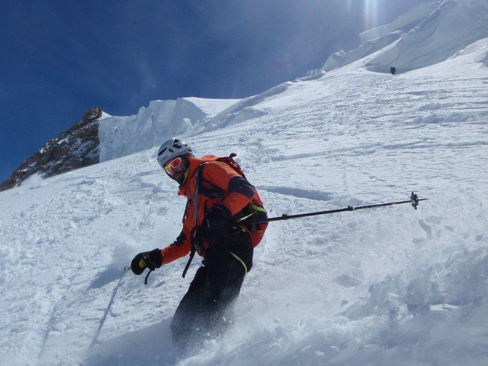 La poudre volle sur le Mont Blanc