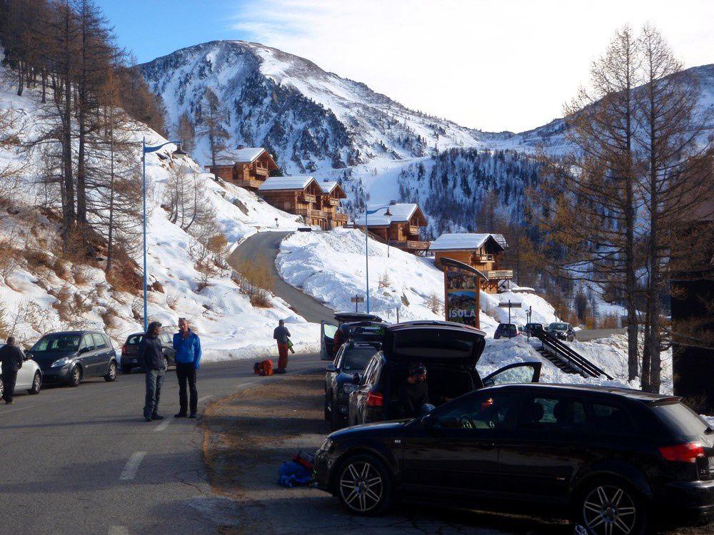 L'hiver est arrivée dans la station d'Isola qui ouvre ses pistes le week end prochain.