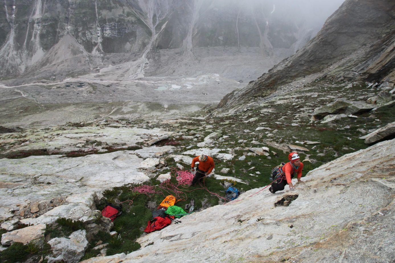 Au prise avec le splendide rocher du Goya Peak