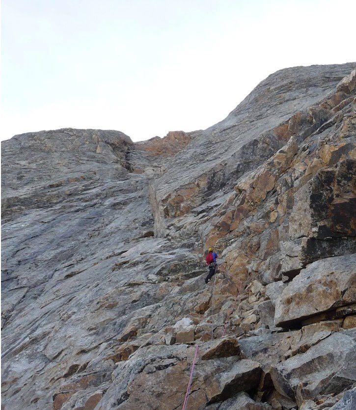 Petit grimpeur dans l'immensité, le 2ème jour de grimpe au pilier ouest du Miyar Shivling