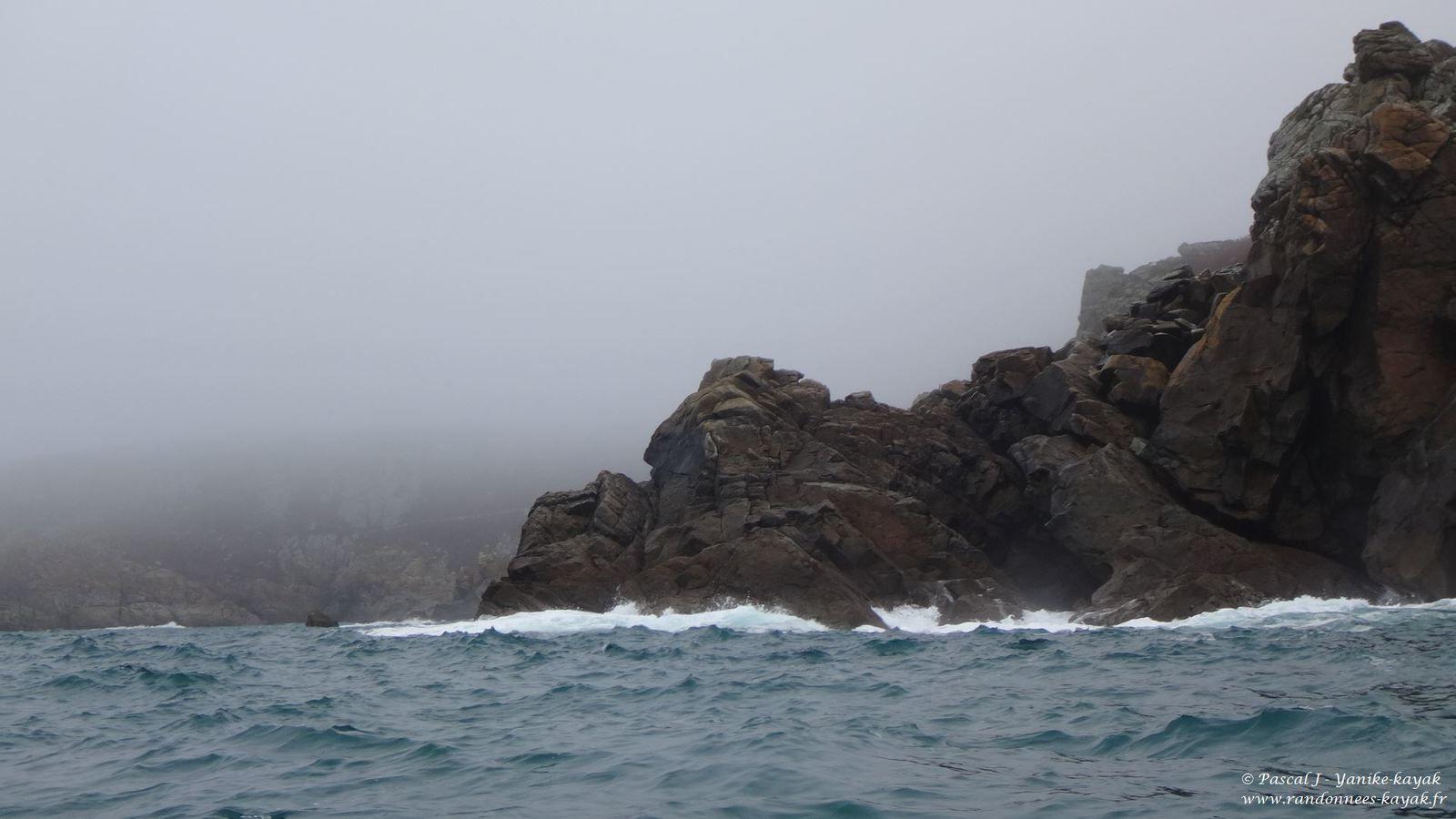 Porz Lanvers - Tréboul, la côte sauvage du Nord Cap-Sizun