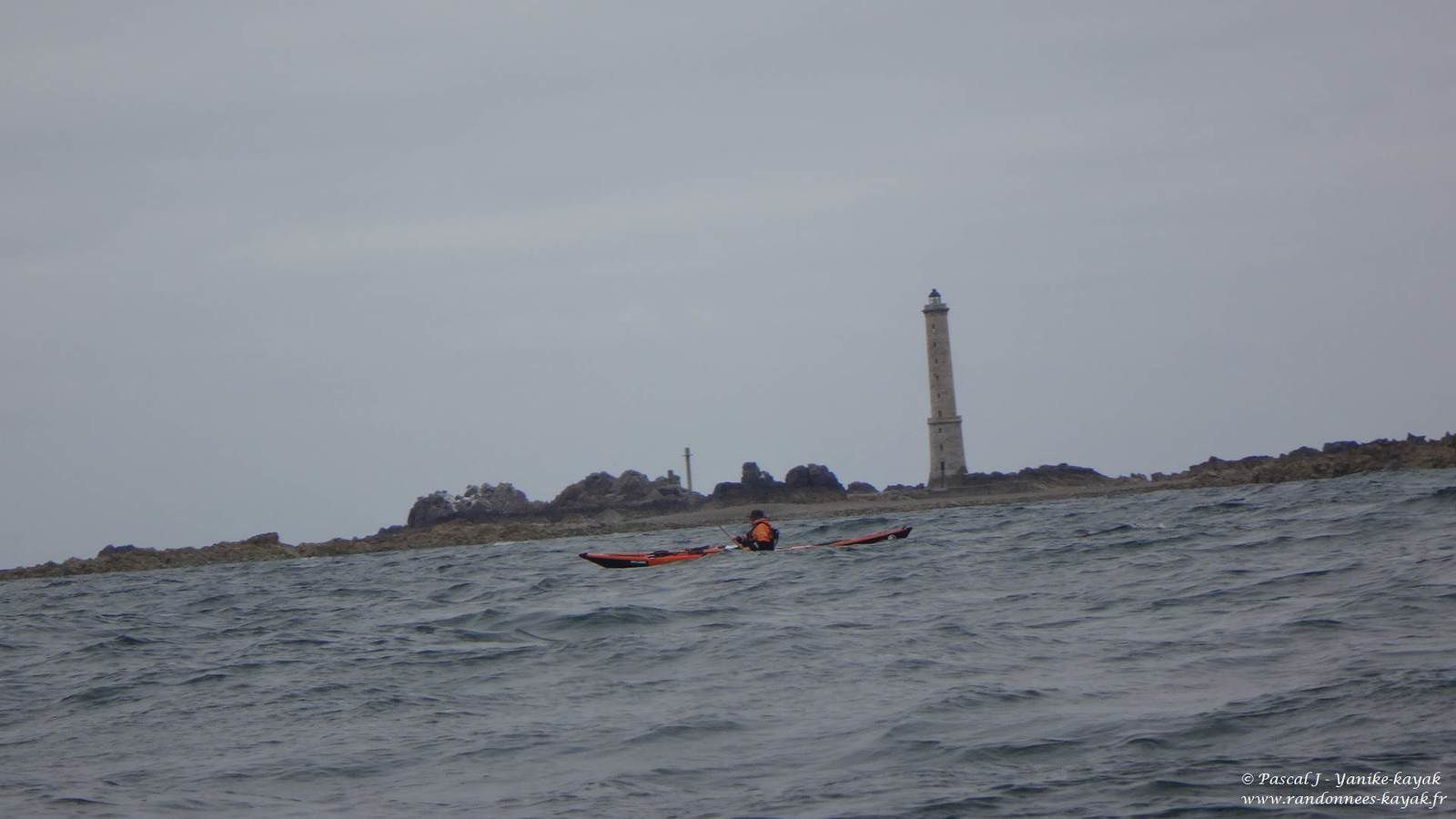 Tour de Bretagne en kayak de mer : du port de Brehec à l'île d'Er