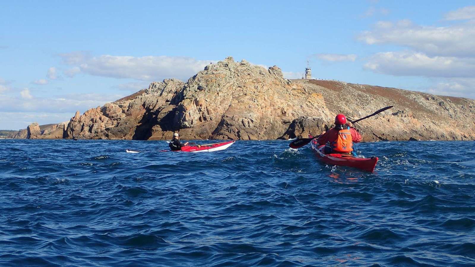 Kayakistes anglais en Finistère : pointe du Van et pointe du Raz