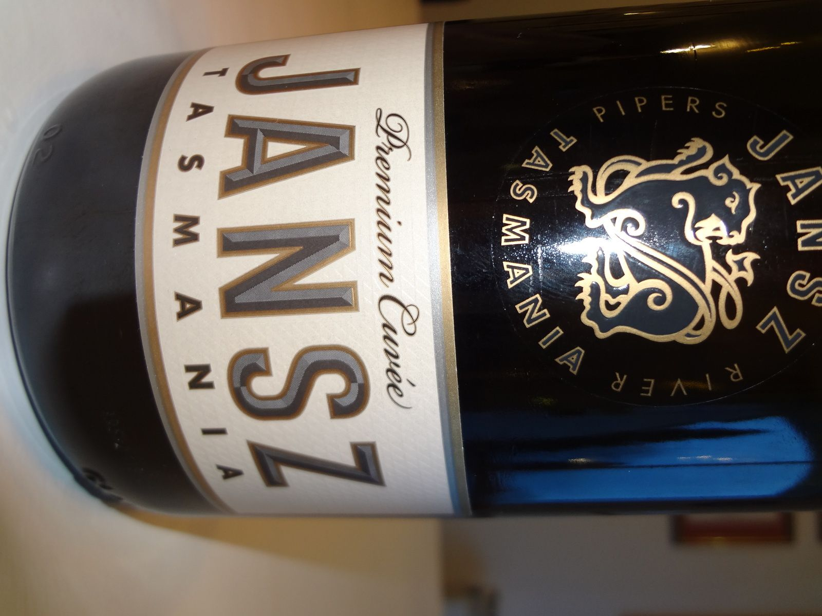 VINO PASSION - Dégustation vin effervescent Australie - Tasmanie.