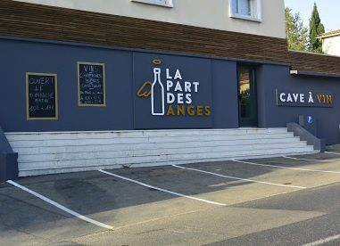 Coquillages de Carteau, étal sur parking La part des Anges à Nîmes