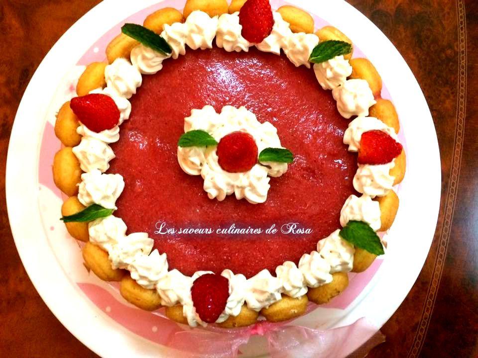 Tiramisu à la fraise façon charlotte