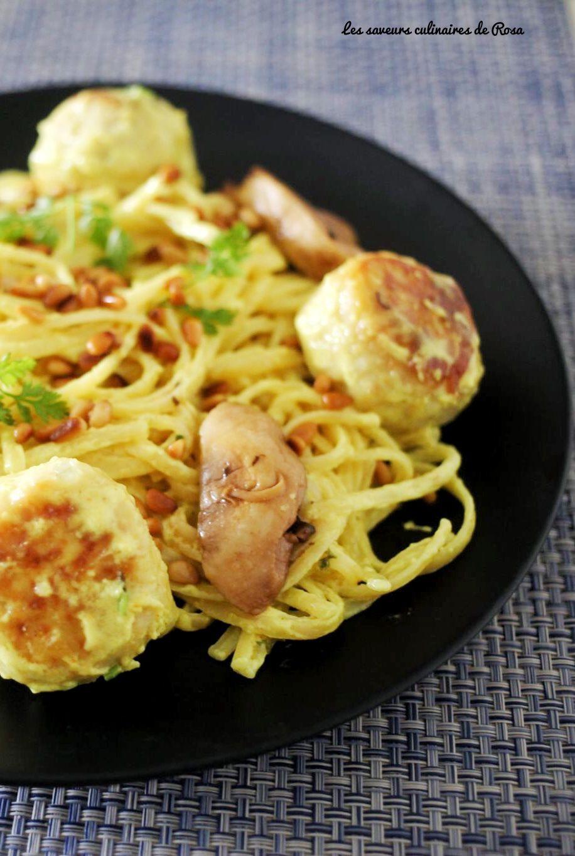 Linguines aux boulettes de poulet et champignons