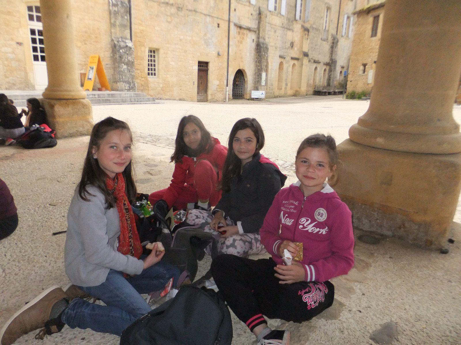 Voyage scolaire à Cadouin