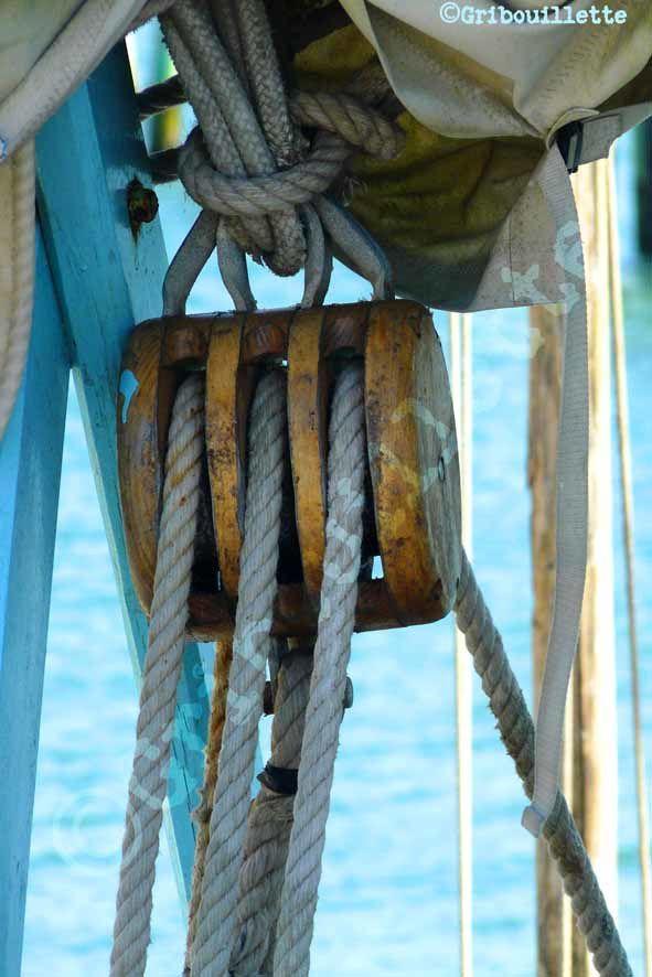 P52#15_Zoom_sur un bateau de pêche