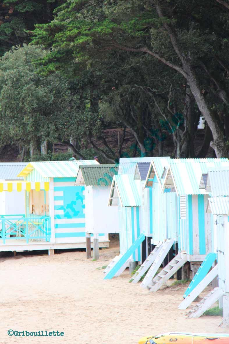 P52#38_Art_Décor de cinéma_Les cabines de plage repeintes aux couleurs du film