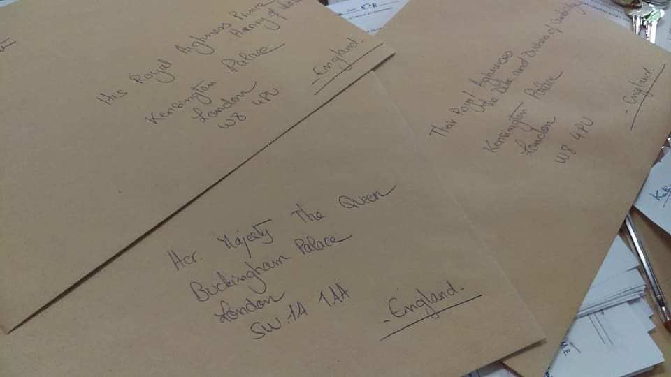 Writing to the Queen!