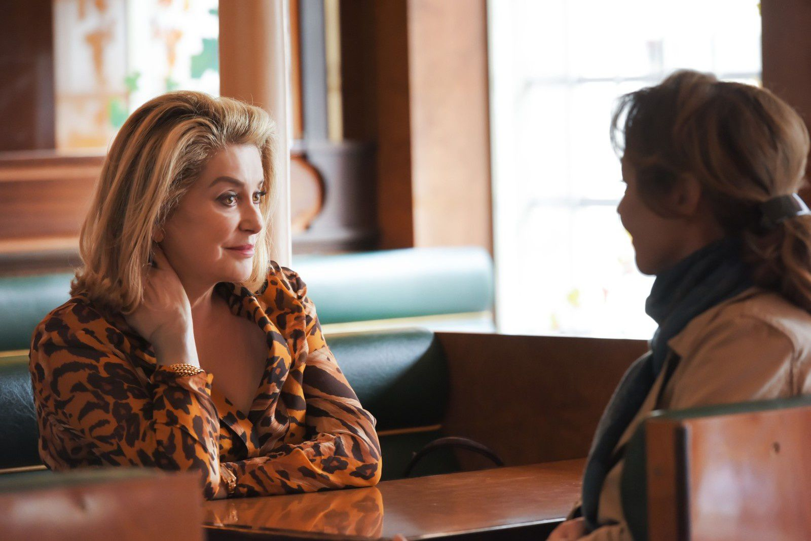 Sage Femme (BANDE ANNONCE) avec Catherine Deneuve, Catherine Frot, Olivier Gourmet - Le 22 mars 2017 au cinéma