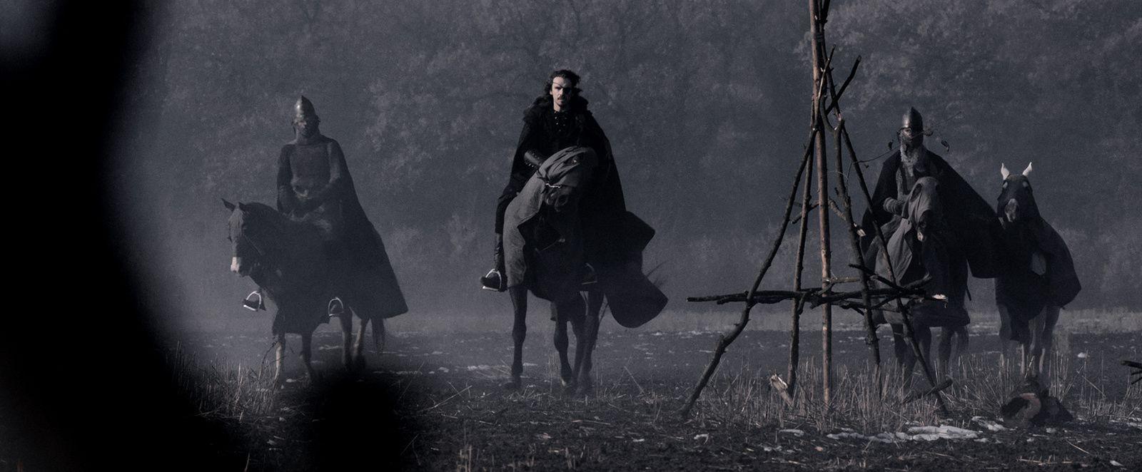 Sword of vengeance (2015) (BANDE ANNONCE) avec Stanley Weber, Ed Skrein, Annabelle Wallis, Karel Roden