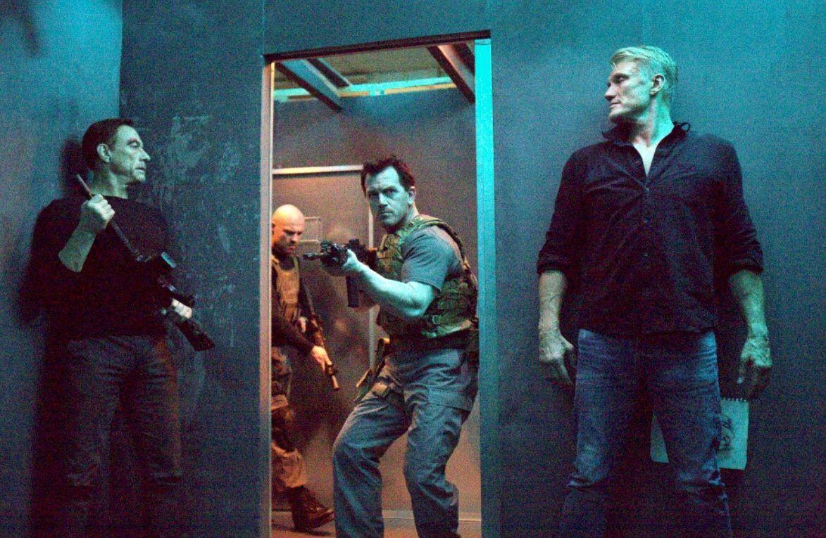Black Water (BANDE ANNONCE) avec Jean-Claude Van Damme, Dolph Lundgren