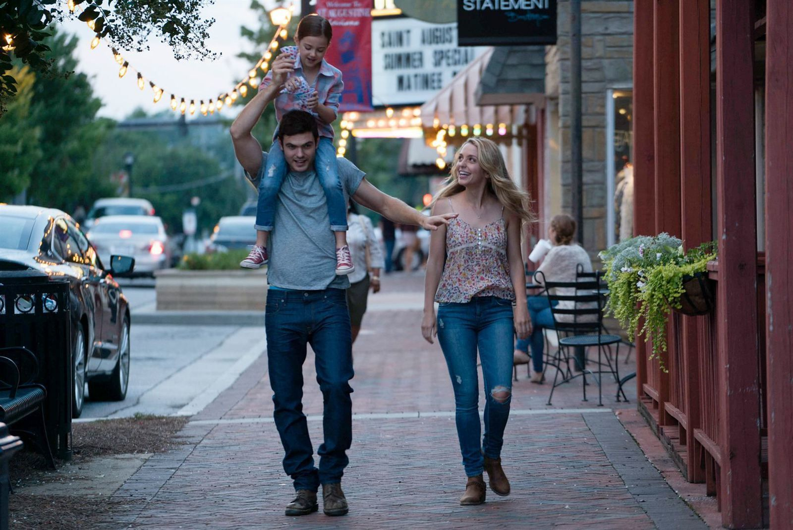 Forever my girl (BANDE-ANNONCE) avec Alex Roe, Jessica Rothe, Abby Ryder Fortson