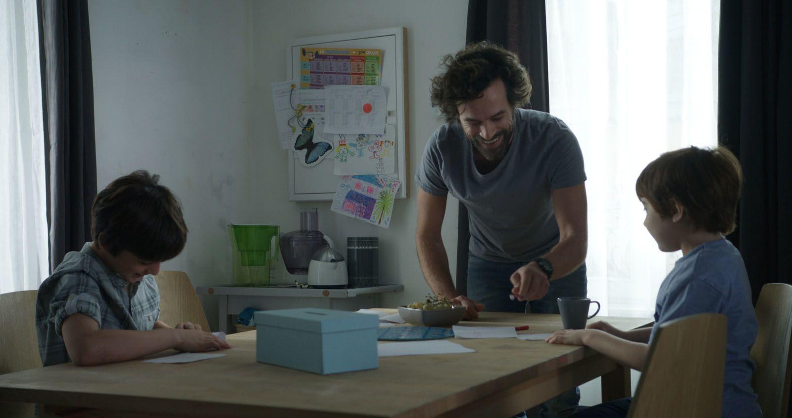 Nos batailles (BANDE-ANNONCE) avec Romain Duris, Laetitia Dosch, Laure Calamy - Le 3 octobre 2018 au cinéma