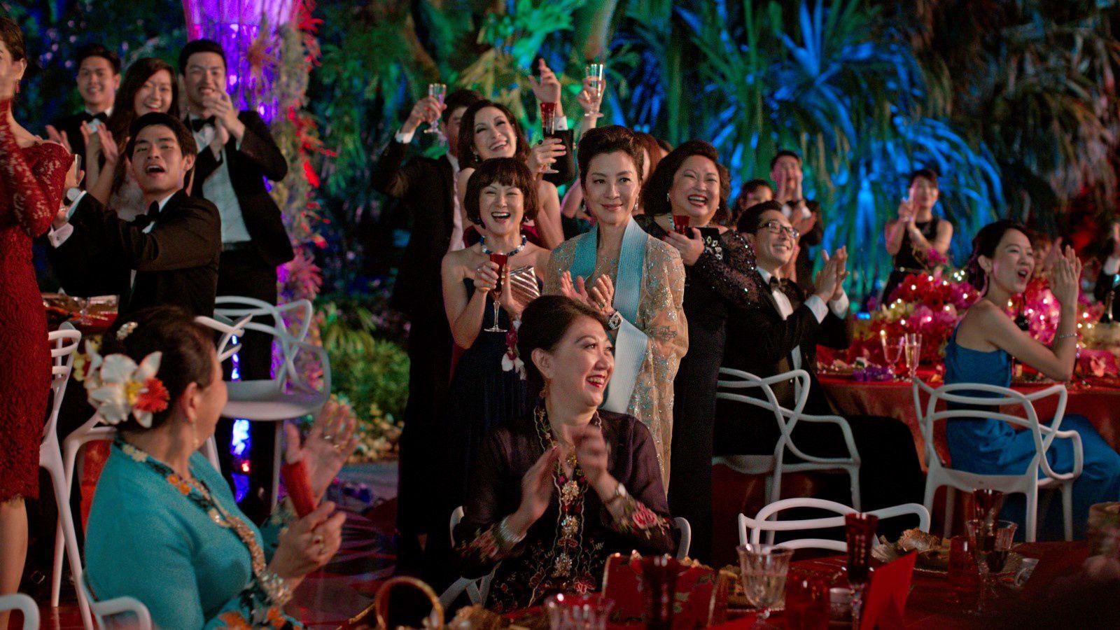 Crazy Rich Asians (BANDE-ANNONCE) avec Constance Wu, Henry Golding, Michelle Yeoh - Le 7 novembre 2018 au cinéma