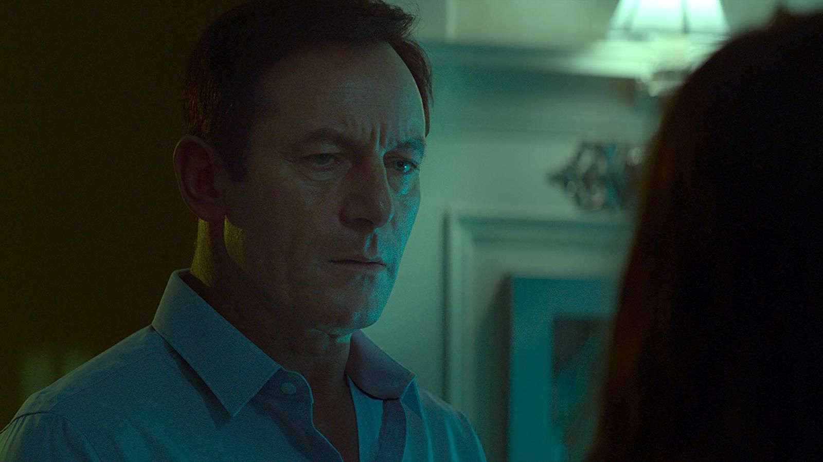 LOOK AWAY (BANDE-ANNONCE) avec Jason Isaacs, Mira Sorvino, India Eisley
