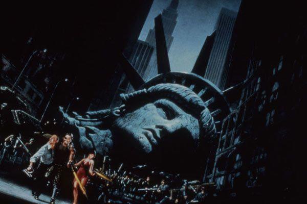 NEW YORK 1997 (BANDE-ANNONCE) de John Carpenter en 4K avec Kurt Russell, Lee Van Cleef, Ernest Borgnine - Le 19 décembre 2018 au cinéma