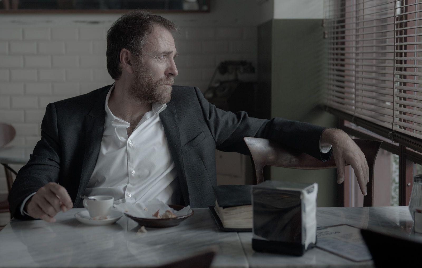 The Place (BANDE-ANNONCE) avec Valerio Mastandrea, Marco Giallini, Alessandro Borghi - Le 30 janvier 2019 au cinéma