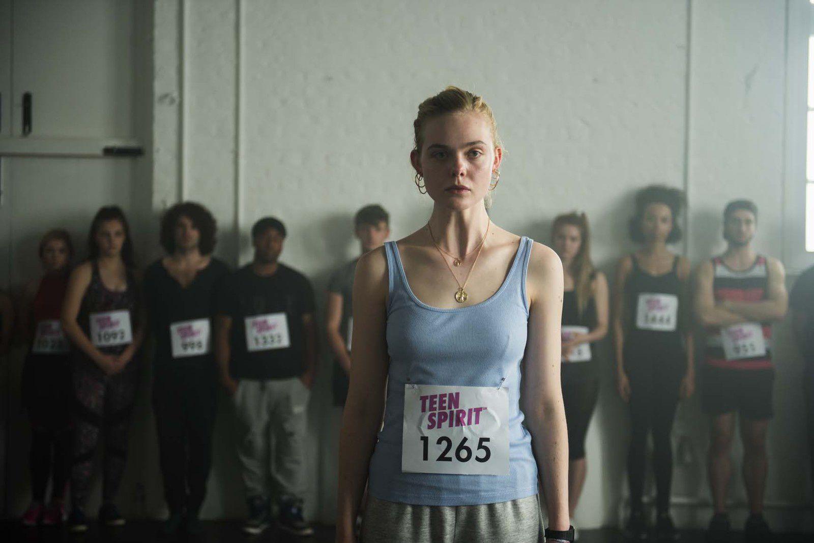TEEN SPIRIT (BANDE-ANNONCE + 2 EXTRAITS) avec Elle Fanning ! Au cinéma le 26 juin 2019